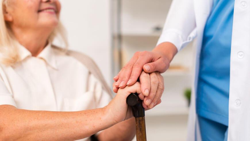 Consejos para saber elegir la residencia de mayores